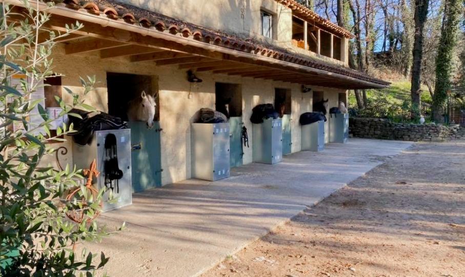 Le Centre équestre de Grignan, situé en Drôme provençale, vient d'être labellisé EquuRES